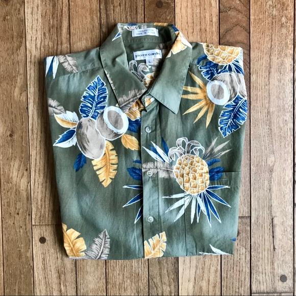 69fe23ec0 Pierre Cardin Pineapple & Coconut Hawaiian Shirt. M_5a70d0a42c705d952f7190be
